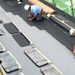 屋根葺きの本番!関東近辺の新築の大多数を占める「スレート」ってどうやって葺いてるの?