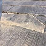 【割れ交換】割れ修理の方法は、下地の防水層が見えるか見えないかなどの見極めが重要です。コロニアル屋根修理の事例まとめ