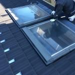 トップライトなどの窓はコーキングが経年劣化し雨漏りするケースがありますので定期的に点検することをお勧めします。