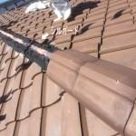 【棟の交換】洋瓦編。瓦屋根の場合は、15年~20年を目安に棟の取り直し工事をお勧めしています時期を見て一度ご相談ください。