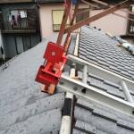 雨でも屋根工事を進められるので安心です