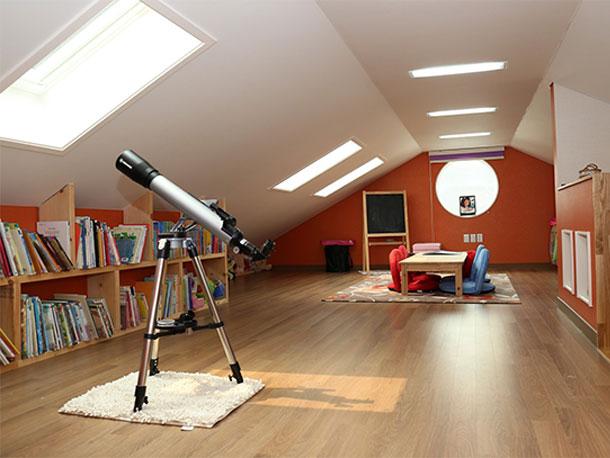 「天窓」ありかも。一軒家の天窓に10年間反対してきた屋根屋が考察。天窓の進化が止まらない!