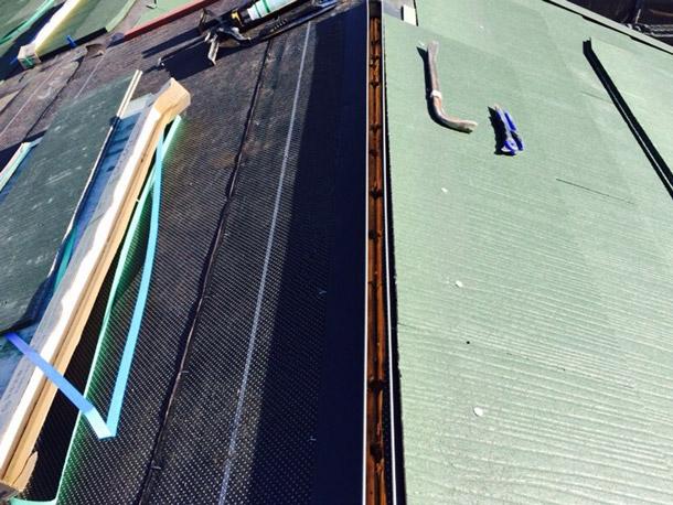 緑屋根施工2