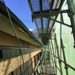 東京都杉並区で屋根の雨どいの交換工事をしています。屋根リフォームと一緒の工事で維持費用を節約!
