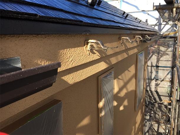 東京都世田谷区、外壁塗装のついでに雨漏りしている雨どいの部分交換の修理2