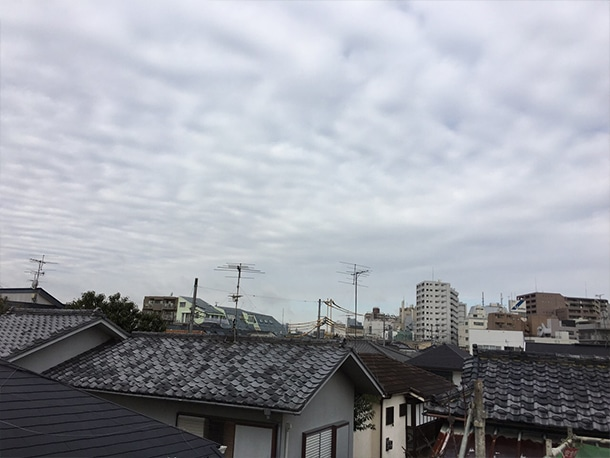 東京都杉並区、屋根の雨どいの交換工事、雨どいの設置工事1