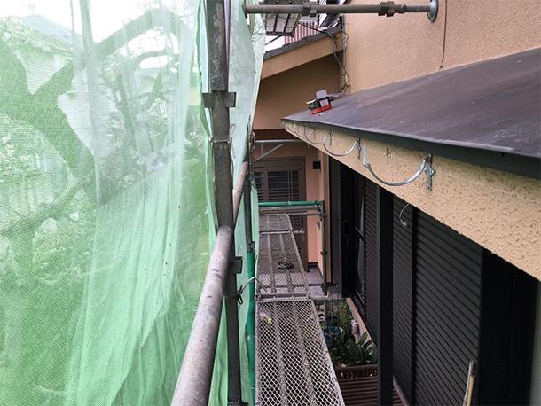 東京都杉並区、屋根の雨どいの交換工事、雨どいの設置工事3