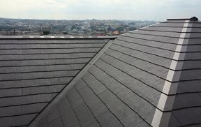 【葺き替え】屋根材の定番。安価で軽いスレートへ