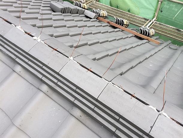 東京都杉並区、日本瓦への耐震屋根リフォーム、葺き替え工事、棟瓦の仕上げ3