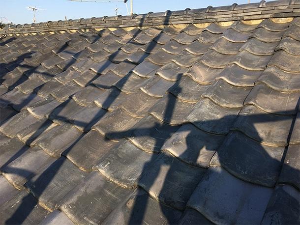 東京都杉並区、日本瓦への耐震屋根リフォーム、葺き替え工事、棟瓦の仕上げ5