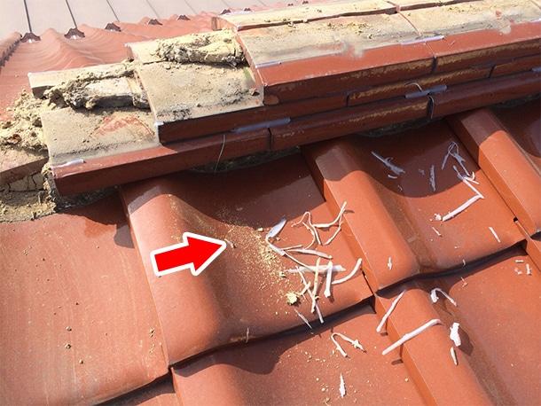東京都杉並区、和型の釉薬瓦、屋根の棟取り直し耐震化工事3