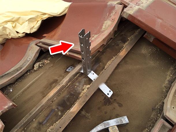 東京都杉並区、和型の釉薬瓦の屋根の棟の取り直し、ガイドライン鉄筋工法、安心で確実な耐震化3