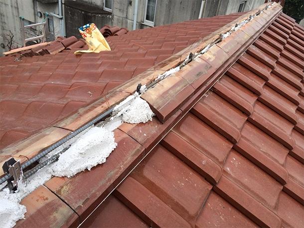 東京都杉並区、和型の釉薬瓦の屋根、棟の取り直し、棟瓦の耐震化1