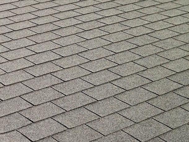 Q.アスベスト入りのスレート屋根は、5年に1度塗装しないとアスベストが染み出すって言われたんだけど本当?