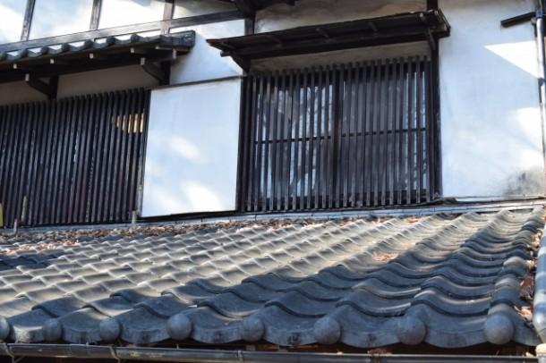 教えて、屋根屋さん!第81回「瓦屋根の長所と短所」