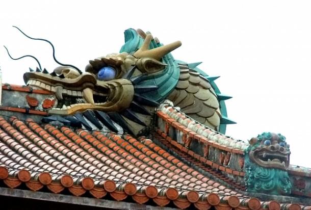 教えて、屋根屋さん!第86回「日本各地の珍しい・面白い瓦」