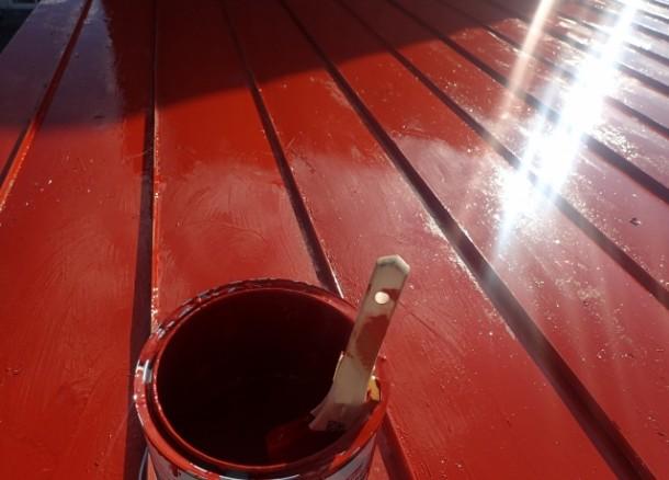 屋根の塗り替え時期はいつ? 再塗装すべきタイミングとは