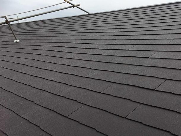 千葉県で約160㎡のスレート屋根葺き替え工事。2日で施工が完了致しました。