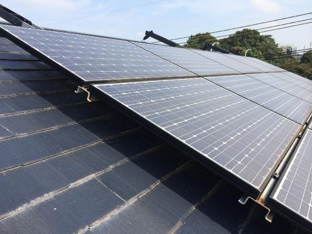 Q. 屋根にパミールが使われていて、そこに太陽光が乗っています。工事って可能なんでしょうか