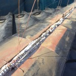 【瓦屋根】漆喰が剥がれてきたときの正しい工事方法は?