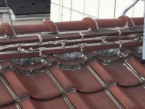 屋根のためにならない施工方法『ラバーロック』について