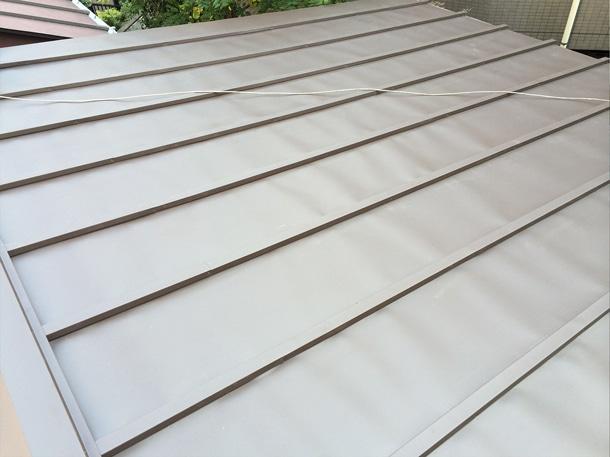 Q. ガルバリウム鋼板を屋根に使った時の注意点ってありますか?