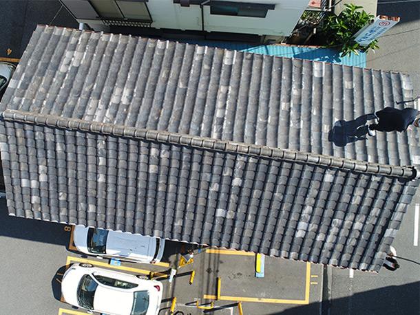 ドローンで屋根材の劣化を時系列調査
