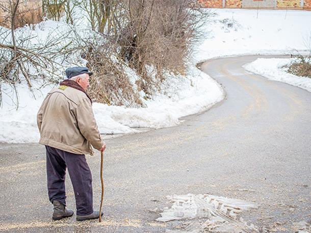 高齢者 訪問販売 屋根の詐欺