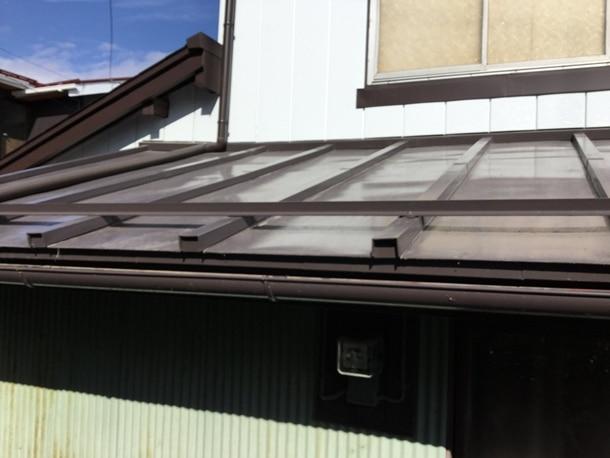 山梨の屋根