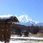 富士山の麓の屋根は東京とは違う雪止めだった
