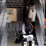 春節の長期休暇に日本で瓦割り体験。香港からのお客様。