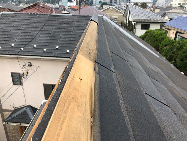 スレート屋根の棟が部分的に飛んだ事例②