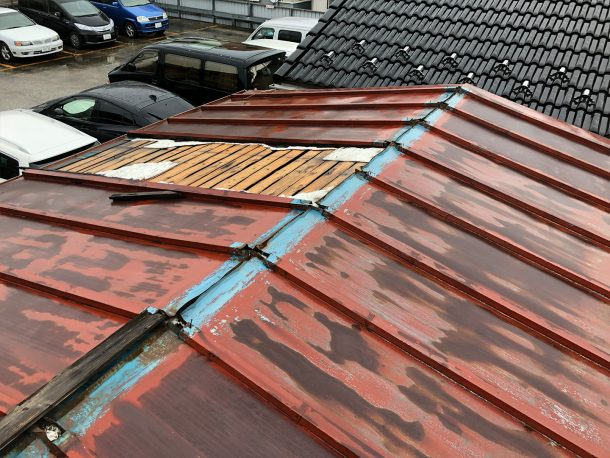 ガルバリウム、板金屋根 台風被害事例