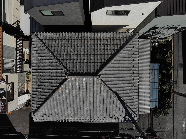 【川崎市中原区】瓦屋根の棟の取り直し工事、耐震補強工事 (ガイドライン工法) の事例1