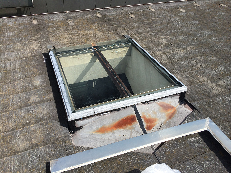 【東京都調布市】天窓のガラスパッキン劣化による雨漏りの修理工事の事例13