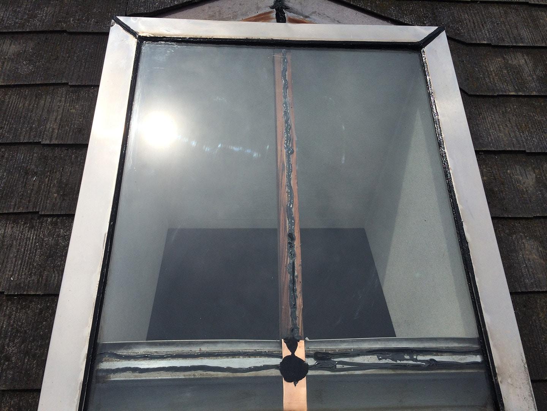 【東京都調布市】天窓のガラスパッキン劣化による雨漏りの修理工事の事例15
