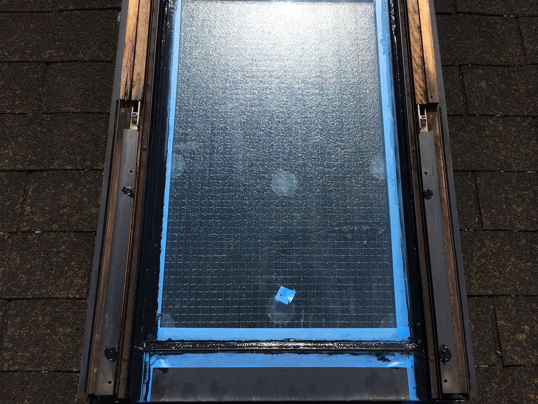 【東京都新宿区】トステム「 スカイライト 」のガラスパッキン劣化による天窓雨漏りの修理工事の事例14