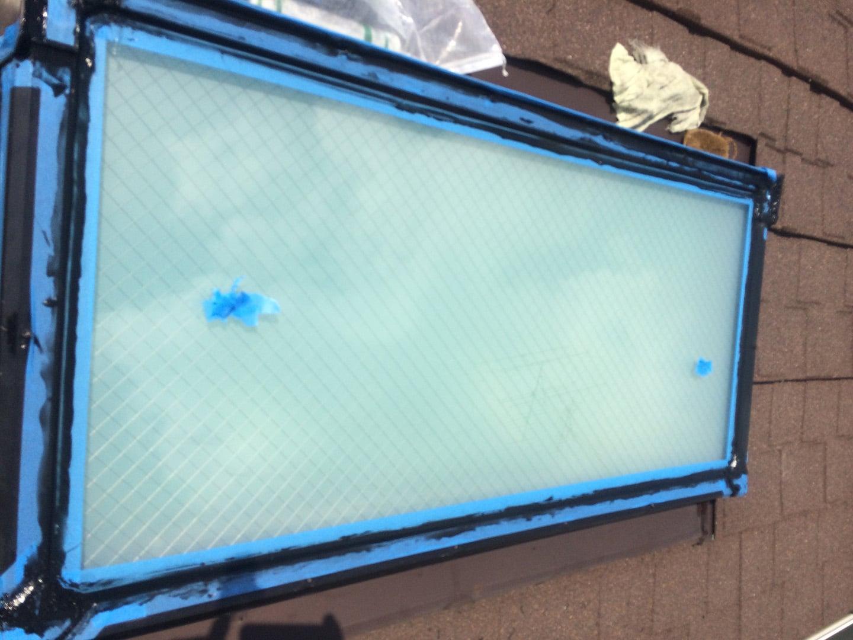 【神奈川県大和市】立山アルミの天窓のガラスパッキン劣化による雨漏りの修理工事の事例13