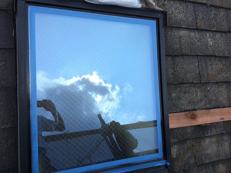 【東京都八王子市】トステムの天窓のガラスパッキンのメンテナンス工事の事例5