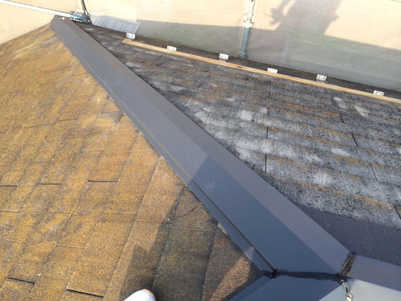 【東京都八王子市】スレート・レサス屋根、棟板金の交換工事と、ひび割れ修理の事例12
