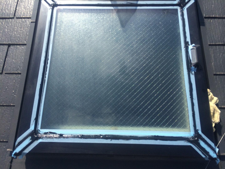 【千葉県松戸市】天窓のガラスパッキン劣化による雨漏りの修理工事の事例7