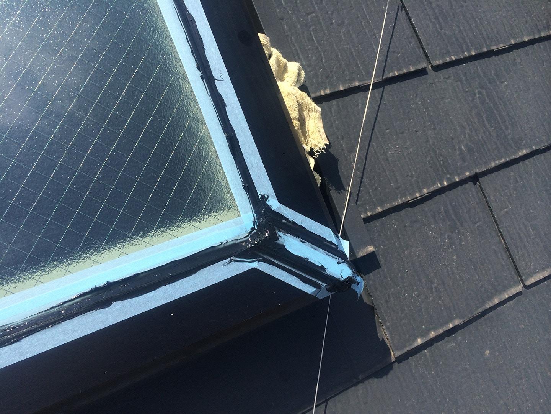 【千葉県松戸市】天窓のガラスパッキン劣化による雨漏りの修理工事の事例8