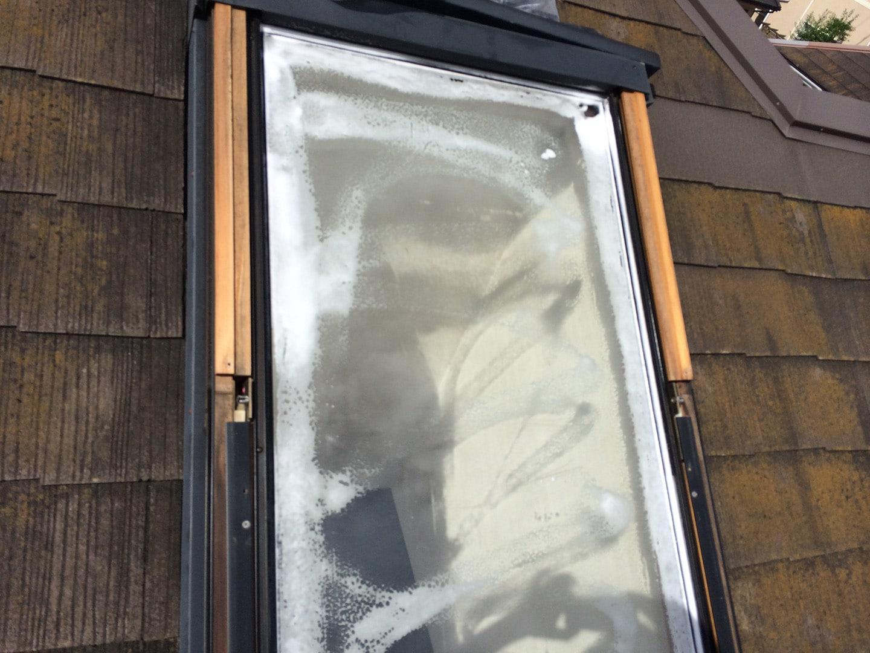 【横浜市都筑区】天窓のガラスパッキン劣化による雨漏りの修理工事の事例6