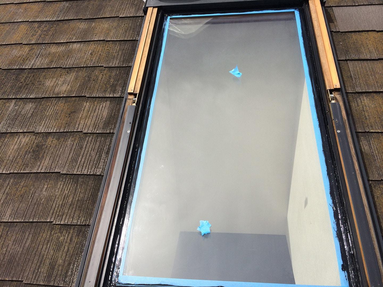 【横浜市都筑区】天窓のガラスパッキン劣化による雨漏りの修理工事の事例8