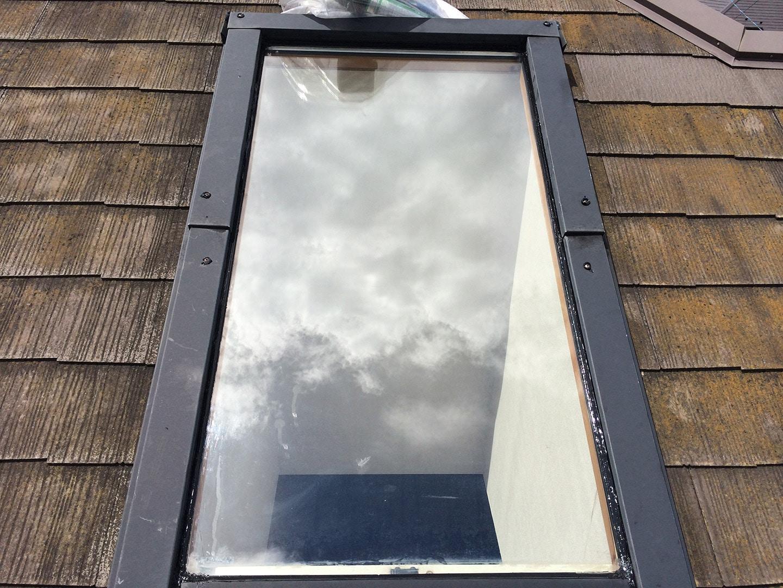 【横浜市都筑区】天窓のガラスパッキン劣化による雨漏りの修理工事の事例13