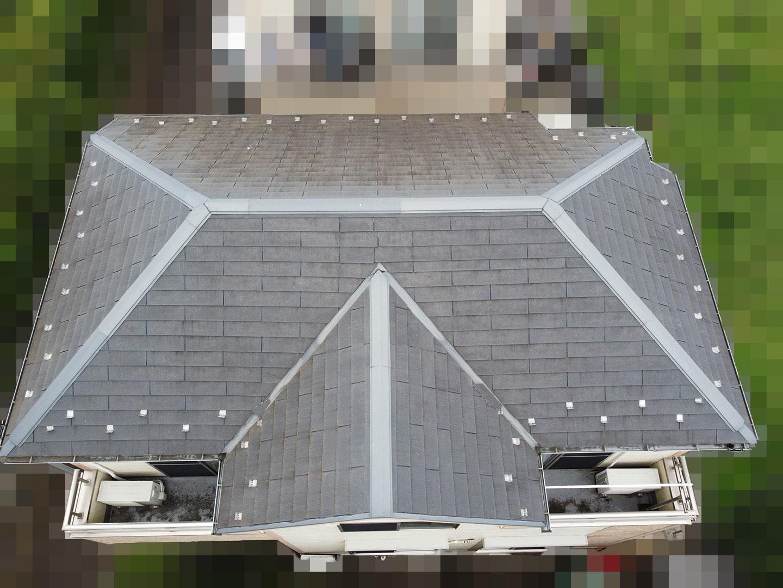 【東京都調布市】スレート屋根の棟板金の釘の増し打ち、ひび割れ補修工事の事例1