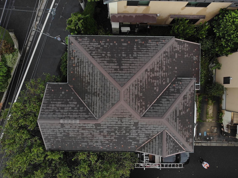 【東京都杉並区】スレート屋根の「 ズレ落ち 」補修工事の事例1