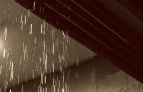 台風で雨漏りした際の修理に火災保険が適用ができる条件と適用できない事例を解説します