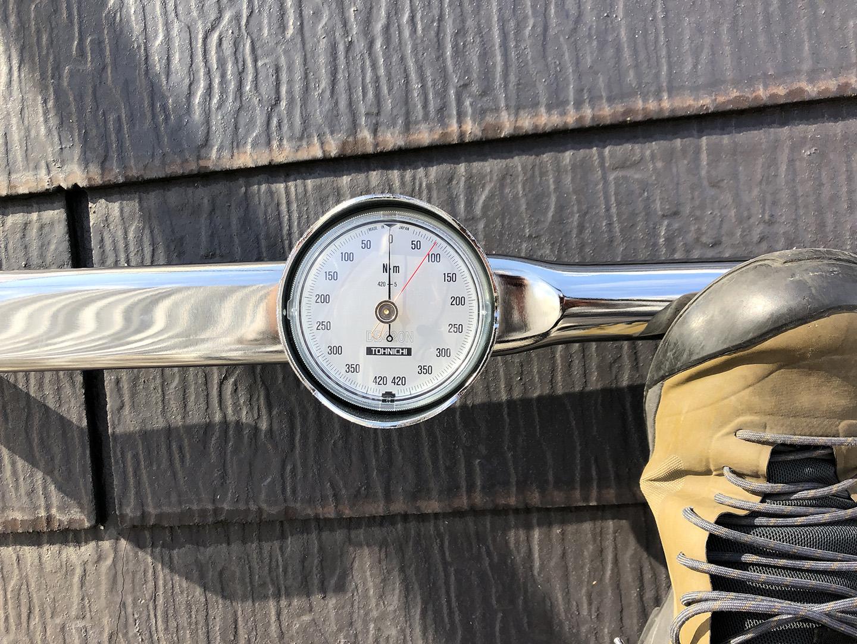 カバー工法 ビスの引き抜き強度測定