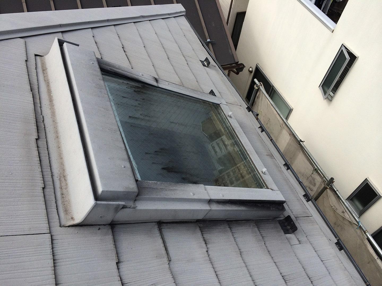 ベルックス天窓 ガラスシール  工事前3